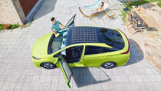 Panasonic voit le futur du solaire automobile sur les toits